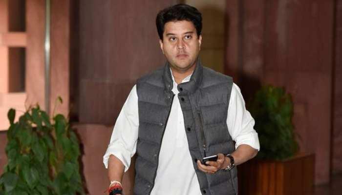 MP Election Result 2020: सिंधिया समर्थक 4 मंत्री भारी मतों से विजयी, गिर्राज दंडौतिया को मिली हार