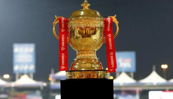 IPL 2020 Full Awards List, MI vs DC Final Prize Money Includes Orange Cap and Purple Cap winner