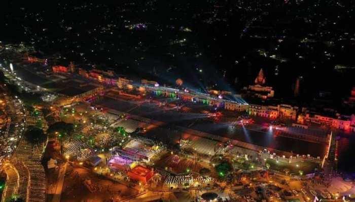 Deepotsav 2020: अयोध्या में जीवंत हुआ त्रेता युग, शाम ढलते ही लाखों दीपों से रोशन हुई राम नगरी