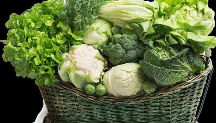 बॉडी में आयरन की कमी दूर करने का सबसे आसान तरीका, खाएं ये फल और सब्जियां