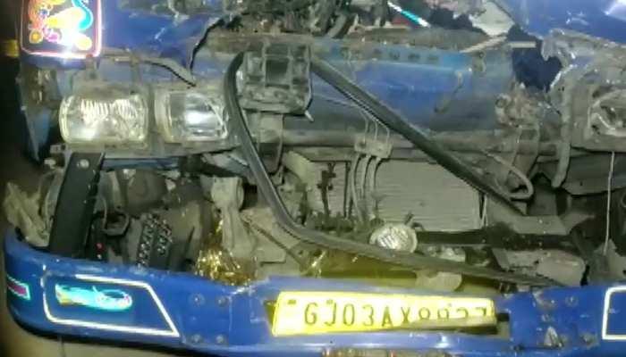 वडोदरा में भीषण सड़क हादसा, ट्रक और कंटेनर की टक्कर में 11 की मौत; 17 घायल
