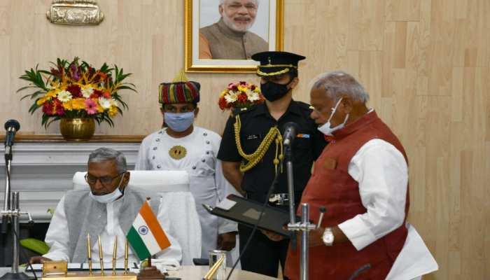 बिहार: राज्यपाल ने जीतन राम मांझी को दिलाई प्रोटेम स्पीकर की शपथ, कहा...