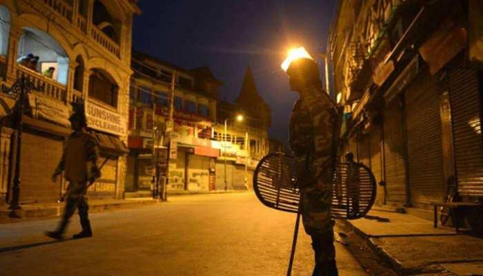 कोरोना का कहर: इस शहर में लगा नाइट कर्फ्यू, लोगों से घरों में रहने की अपील