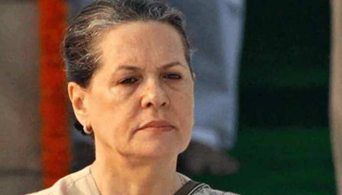 सोनिया गांधी को डॉक्टरों ने दी दिल्ली से बाहर रहने की सलाह, ये है वजह