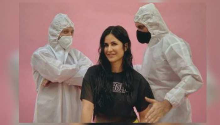 Katrina Kaif से सीखें कैसे कराना है हंसते-हंसते कोरोना टेस्ट