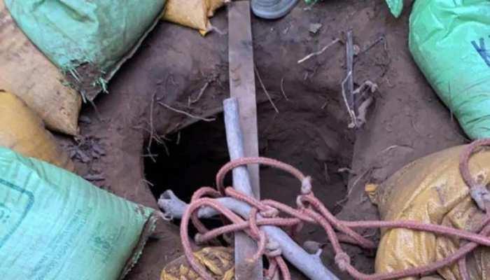 सांबा:  भारत-पाकिस्तान बॉर्डर पर मिली 150 मीटर लंबी सुरंग, यहीं से घुसे थे नगरोटा के आतंकी