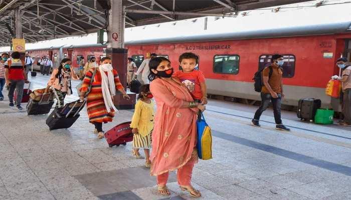 साइक्लोन Nivar के कारण कैंसिल हुईं एक दर्जन ट्रेनें, किराया लौटाएगी Railways