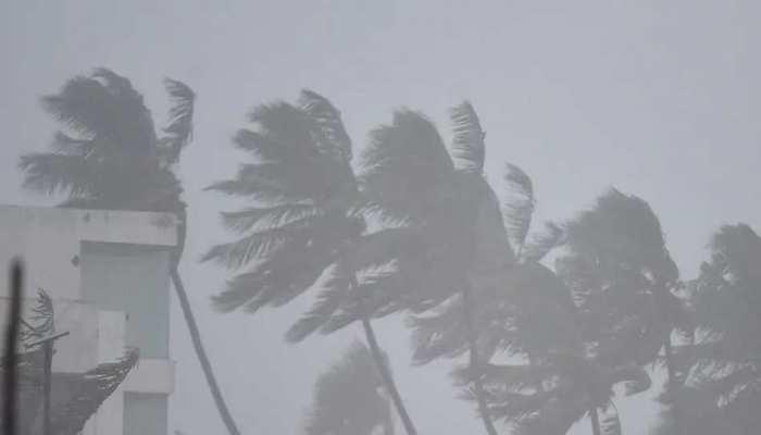 कमजोर पड़ा Cyclone Nivar, इन इलाकों में भारी बारिश ने मचाई तबाही