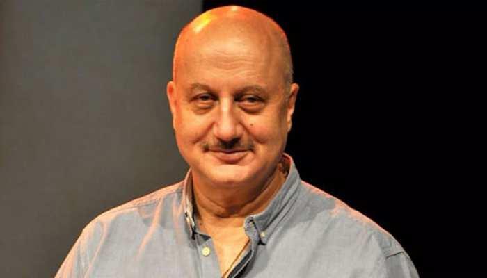 Kapil के शो में Anil Kapoor की हुई जमकर बुराई, Anupam Kher ने कही ऐसी बात