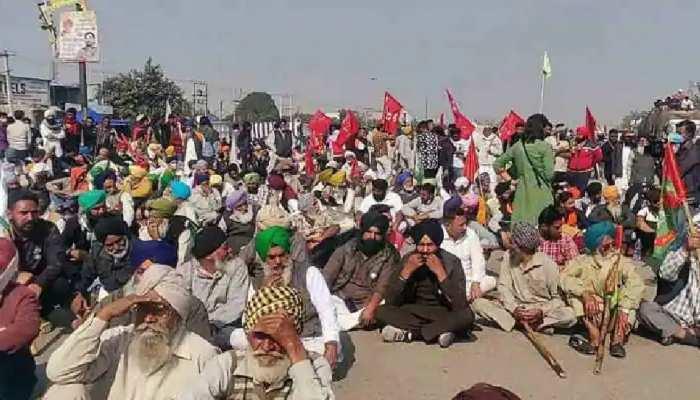 किसानों ने ठुकराई PM Modi की बात, बोले- 'बहुत राशन-पानी लाए हैं, पीछे नहीं हटेंगे'