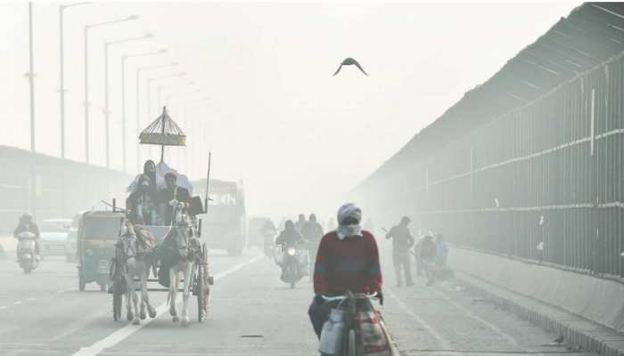 Delhi Weather: ठंड ने तोड़ा 71 वर्षों का रिकॉर्ड, नवंबर रहा सबसे ठंडा; ये रही वजह