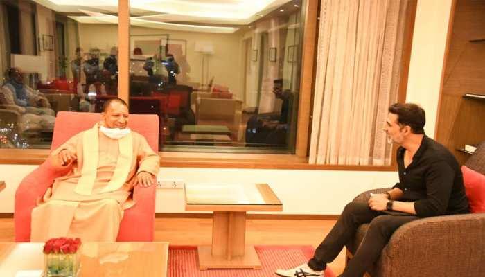 CM योगी से मिले Akshay Kumar, अयोध्या में 'राम-सेतु' की शूटिंग के लिए मिला इन्विटेशन
