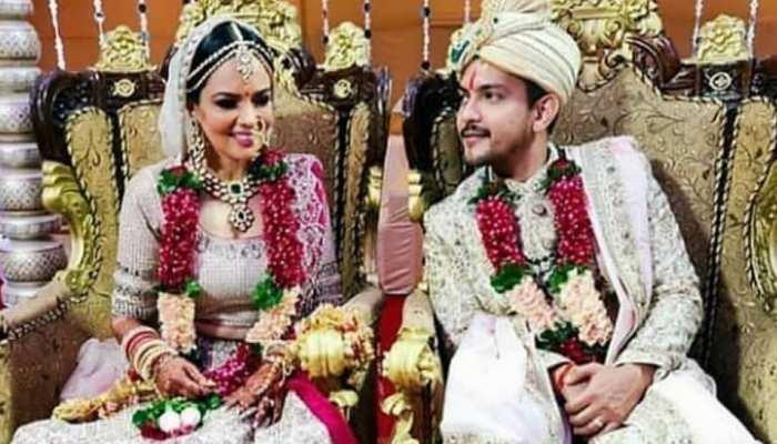 aditya narayan and Shweta agrawal wedding photographs