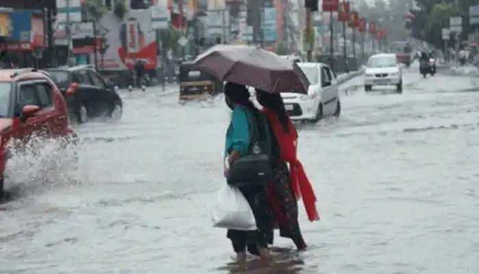 केरल में चक्रवात तूफान 'बुरेवी' के चलते कल तेज बरसात के आसार
