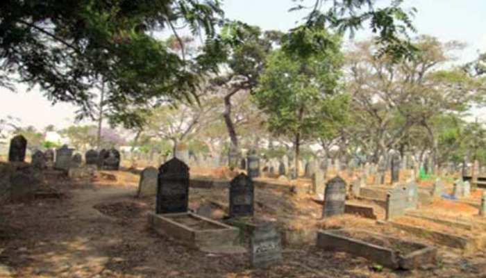 मायके से आई ससुराल और अगले ही दिन हुई मौत, अब शव कब्र से निकालकर हुआ पोस्टमार्टम