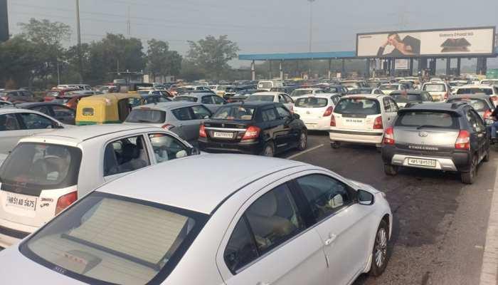Farmer Protest: नोएडा से दिल्ली जाने वाले हो जाएं सावधान! DND पर लगा 3 KM लंबा जाम