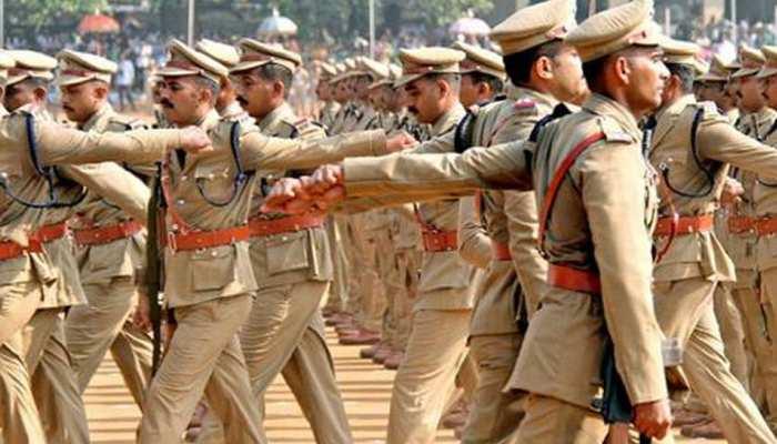 UP Police Jail Warder Exam 2020: 5825 पदों पर बंपर भर्ती, निगेटिव मार्किंग भी होगी