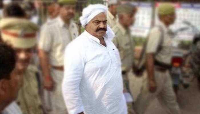प्रशासन के घेरे में माफिया अतीक अहमद का साला, अवैध गेस्ट हाउस पर चलेगा बुलडोजर