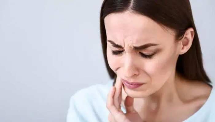 ठंड में क्यों बढ़ जाती है दांतों में परेशानी? जानें क्या हो सकते हैं कारण