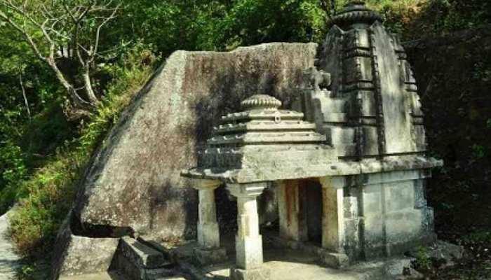 Uttarkhand का शिवालय जो एक रात में एक हाथ से बना, लेकिन नहीं है पूजित