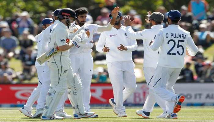India vs Australia: Melbourne boxing day test playing XI Mohammed shami team india changes playing XI Mohammed siraj