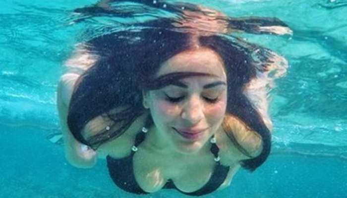 Kundali Bhagya preeta aka shraddha arya underwater hot Bikini photos