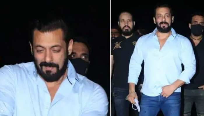 Salman Khan celebrates birthday by Panvel farm house, see photos