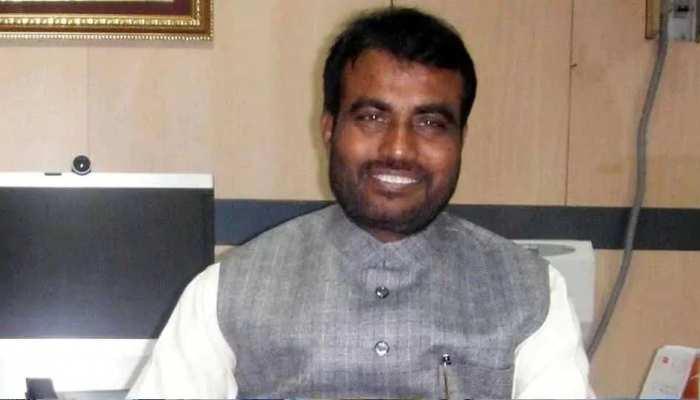 बिहार में 'पॉलिटिकल ड्रामा' जारी, श्याम रजक का दावा-JDU के 17 MLA RJD में जल्द होंगे शामिल