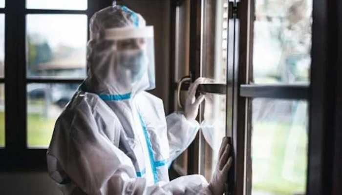 Indonesia: मेल नर्स ने Corona मरीज के साथ Hospital के टॉयलेट में किया सेक्स, PPE किट भी उतार दिया