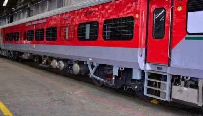 भारतीय रेलवे ICF कोच को LHB कोच में क्यों बदल रहा है? जानिए क्या है इसकी खासियत