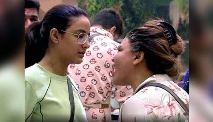 Bigg Boss 14:  Rakhi Sawant ने Jasmin Bhasin को कह डाला 'चमगादड़', मिला करारा जवाब- SEE VIDEO