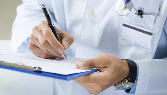 समस्तीपुर: सिविल सर्जन ने किया अस्पताल का औचक निरीक्षण, लगाई कर्मचारियों को फटकार