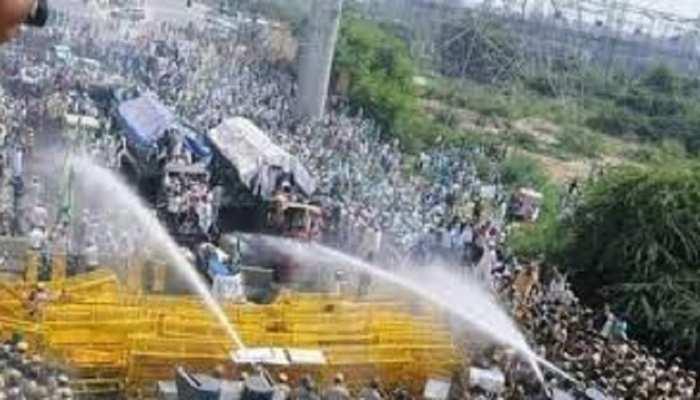 अलवर: किसानों पर छोड़े गए आंसू गैस के गोले-पानी के फव्वारे, किसान बोले-सरकार आए सद्बुद्धि