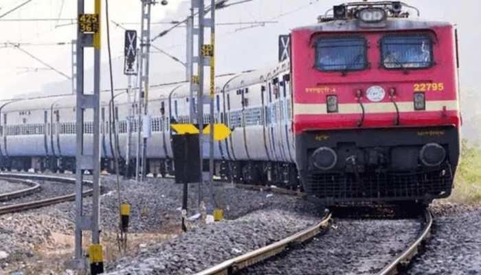 झारखंड: पैसेंजर और टाटा-एल्लेपी ट्रेन नहीं चलने से यात्रियों में मायूसी, की यह मांग
