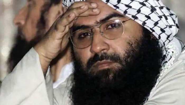 आतंकी मसूद अजहर पर कसा शिकंजा, पाकिस्तान ने जारी किया अरेस्ट वारंट