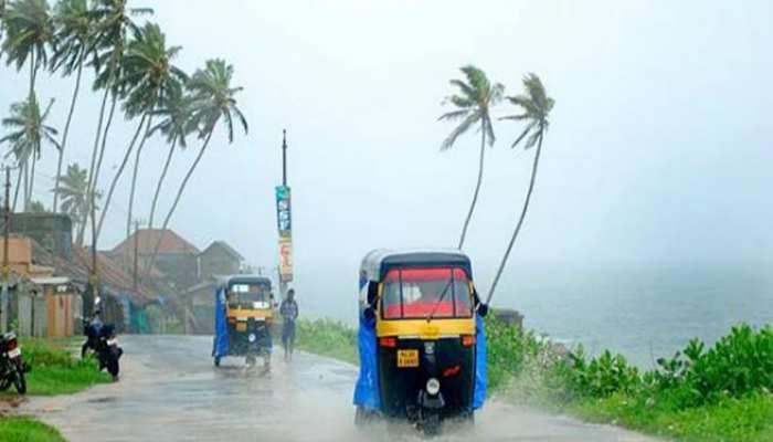 weather report: Delhi-NCR में ठंड, कर्नाटक में बारिश, जानिए कैसा है मौसम का मिजाज