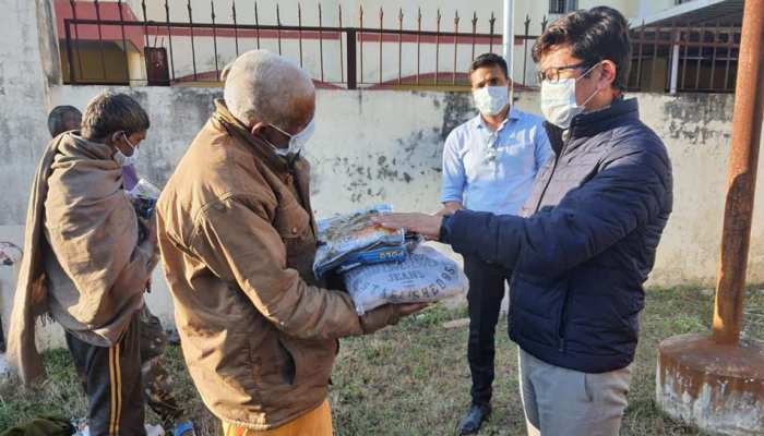 कुंभ में भीख मांगते नहीं दिखेंगे भिक्षुक, पुलिस की इस पहल से कमाएंगे 10-15 हजार रुपए महीना
