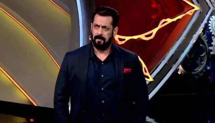 Bigg Boss 14: Rakhi Sawant का बिस्तर ठीक करने घर में पहुंचे Salman Khan