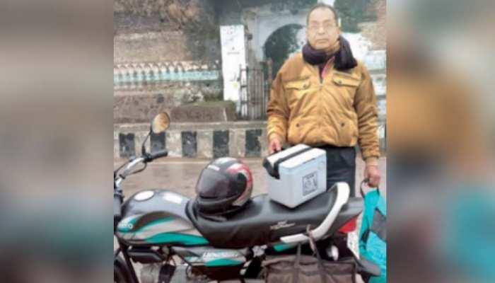 जज्बे को सलाम: सरकारी गाड़ी नहीं मिली, बारिश में भीगते 350KM बाइक चलाकर पहुंचाया बर्ड फ्लू सैंपल