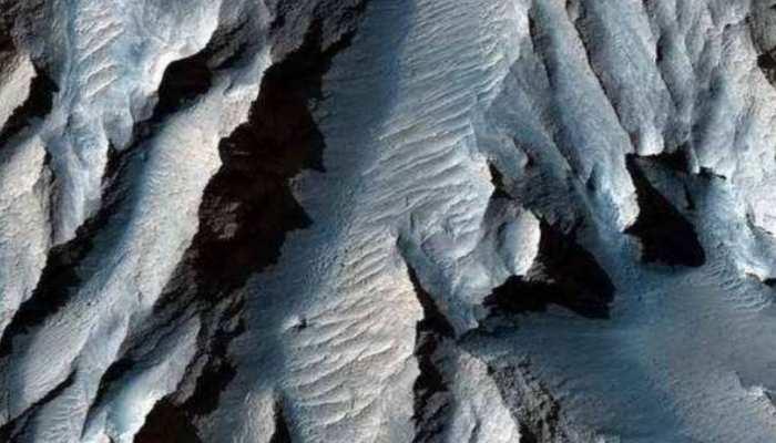 धरती के अलावा Mars पर भी हैं सुंदर घाटियां और पहाड़, NASA ने शेयर की तस्वीर