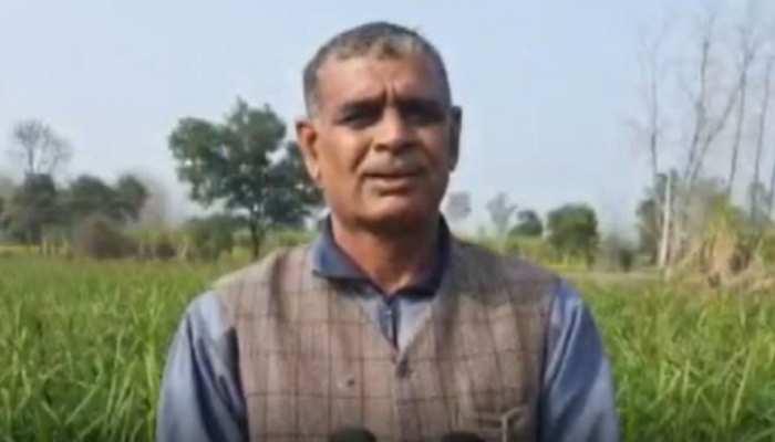 किसान ने किया साबित- 'मशीन से सोना निकले न निकले, लेकिन मिट्टी तो उगल सकती है'