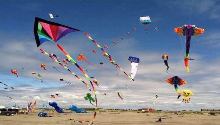 Makar Sankranti 2021: मकर संक्रांति पर पतंग क्यों उड़ाई जाती है? जानिए Kite Flying के फायदे