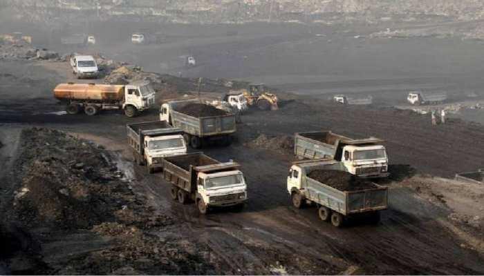 कोयलांचल में जब्त कोयले की मची लूट, खजाना खाली होने के बाद हाथ हिलाती पहुंची पुलिस