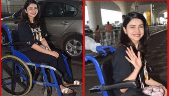 व्हील चेयर पर बैठी नजर आईं एक्ट्रेस Prachi Desai, वीडियो हुआ वायरल