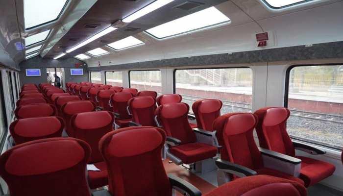 PM मोदी ने शेयर कीं Jan Shatabdi Express के विस्टाडोम कोच वाली ट्रेन की खूबसूरत तस्वीरें, आप भी देखें