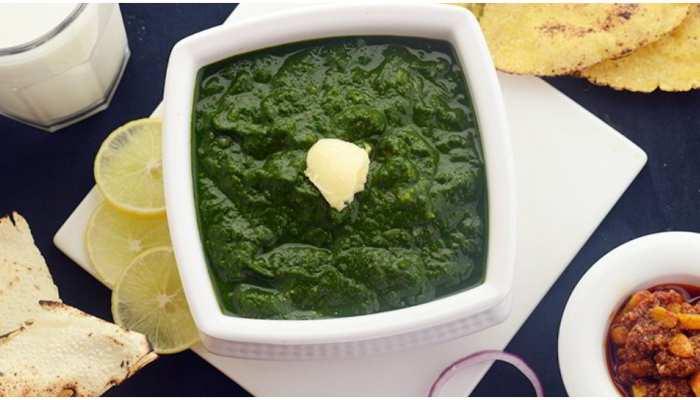 Sarson Ka Saag Recipe: घर पर इस रेसिपी से बनाएं सरसों का साग, मिलेगा पंजाब के ढाबे जैसा स्वाद