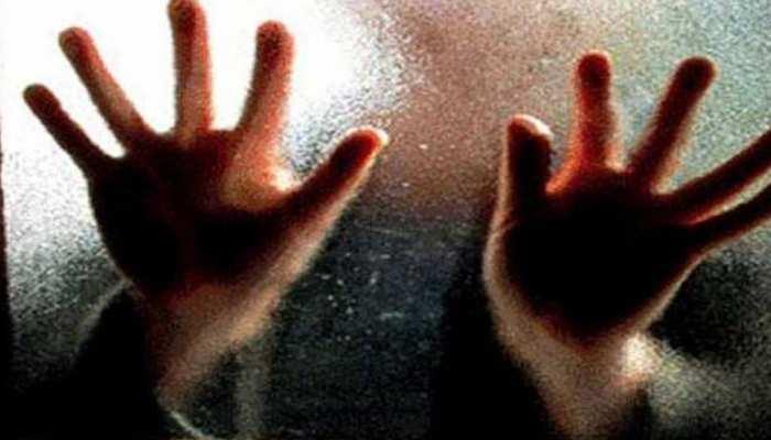 झूठा निकला युवती से गैंगरेप के बाद रेलवे ट्रेक पर फेंकने का दावा, बयान बदलने पर पुलिस को हुआ शक