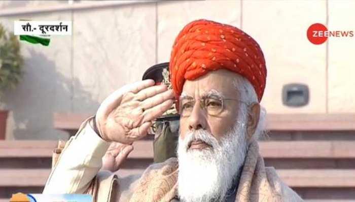 गणतंत्र दिवस पर PM Modi ने पहनी खास पगड़ी, जामनगर के शाही परिवार ने उपहार में दी थी