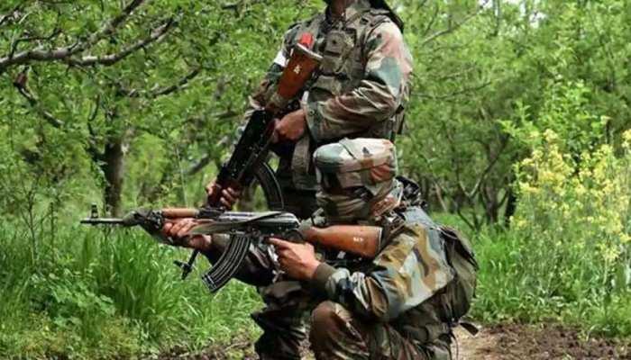 Jammu-Kashmir: सुरक्षाबलों से मुठभेड़ में एक आतंकी जख्मी, Pulwama में दो ने किया सरेंडर