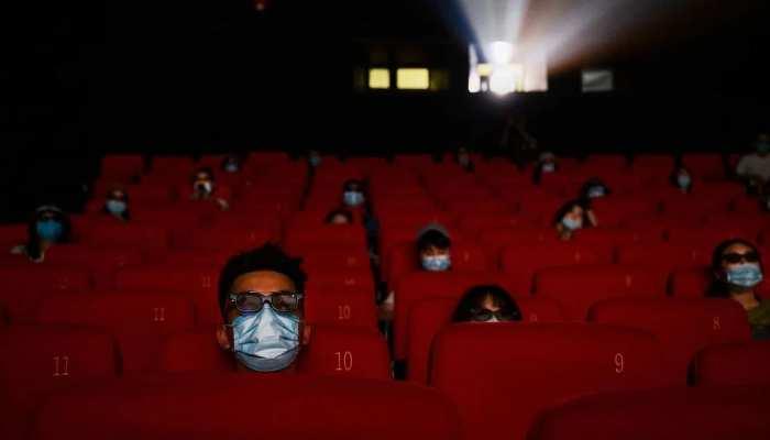 Valentine week से पहले 100 प्रतिशत क्षमता के साथ खुल रहे है सिनेमा हॉल, SOP जारी